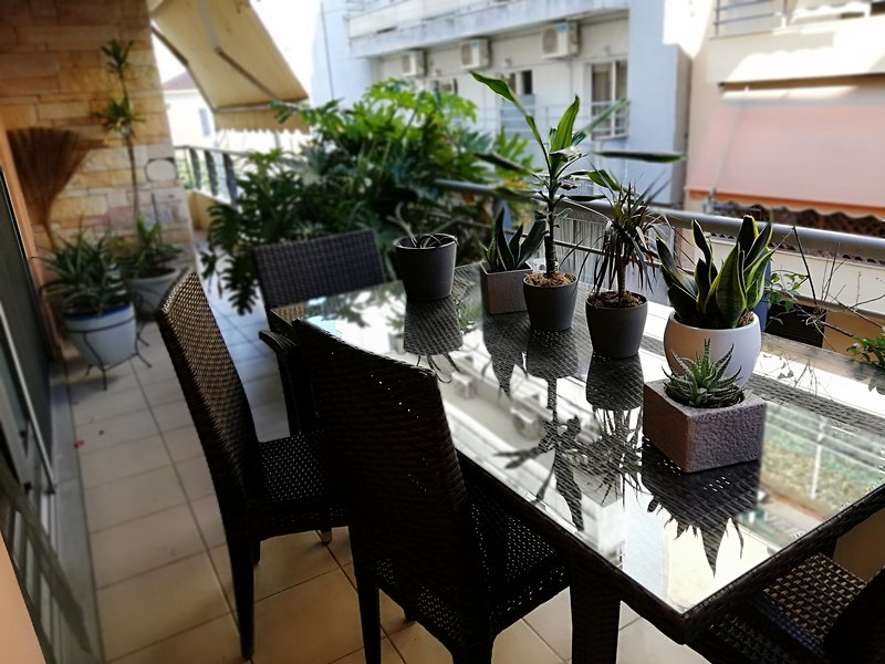 MODERN LUX MAISONETTE 3BDR, location de vacances à Piraeus