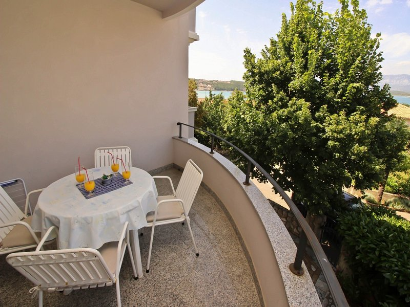 Holiday home 107374 - Holiday apartment 7462, vacation rental in Soline