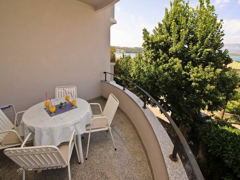 Holiday home 107374 - Holiday apartment 7462, casa vacanza a Soline