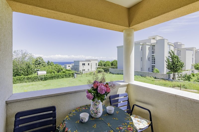 Holiday home 142365 - Holiday apartment 182187, holiday rental in Crveni Vrh