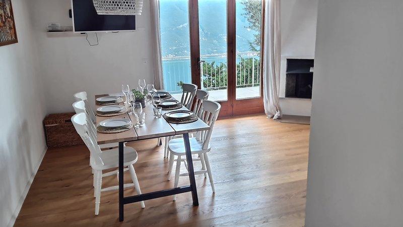 Apartment mit spektakulärem Seeblick und Salzwasserpool017189-CNI-00008, casa vacanza a Tremosine sul Garda