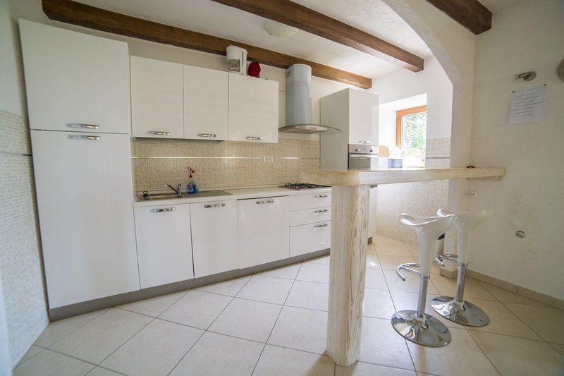 Holiday home 180150 - Private holiday home 203148, holiday rental in Kras