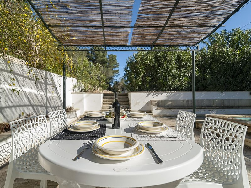 Country pool LE*****************, holiday rental in Casarano