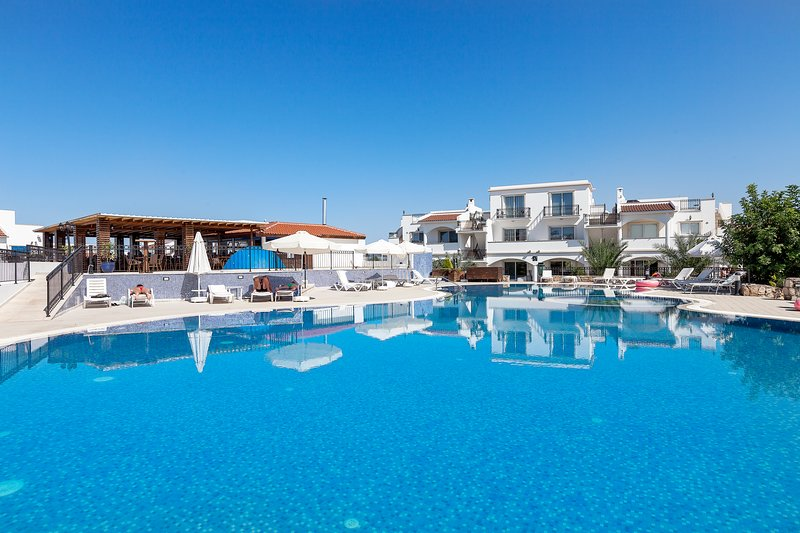 Sea Magic Park A2-5 - Two Bed Apartment, holiday rental in Agios Amvrosios