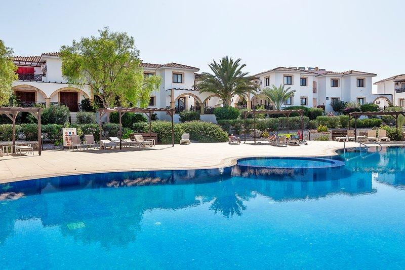 Sea Magic B8-49 - Three bedroom garden apartment, holiday rental in Agios Amvrosios