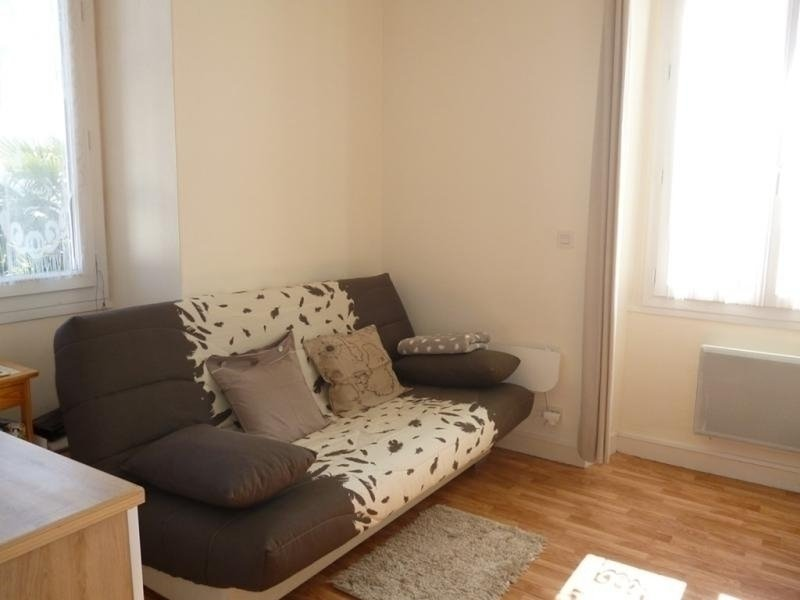 CAMBO LES BAINS C131 : Studio 2 couchages CAMBO LES BAINS, vacation rental in Itxassou
