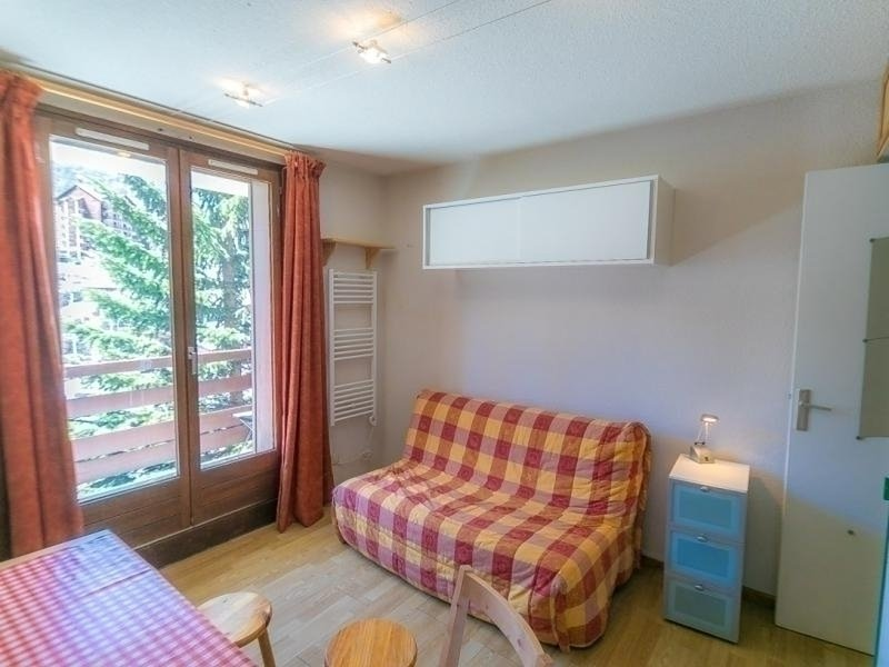 Appartement Studio cabine 4 couchages RISOUL 1850, vacation rental in Risoul