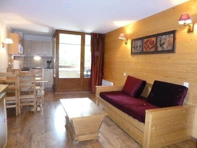 STUDIO EXPOSE OUEST, holiday rental in Salins-Fontaine