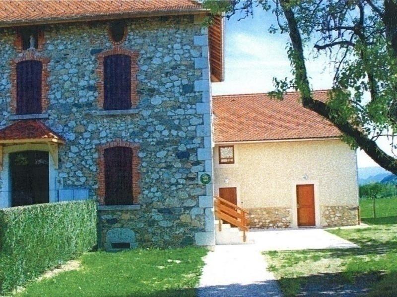 MERLAS - 7 pers, 105 m2, 4/3, location de vacances à Voiron