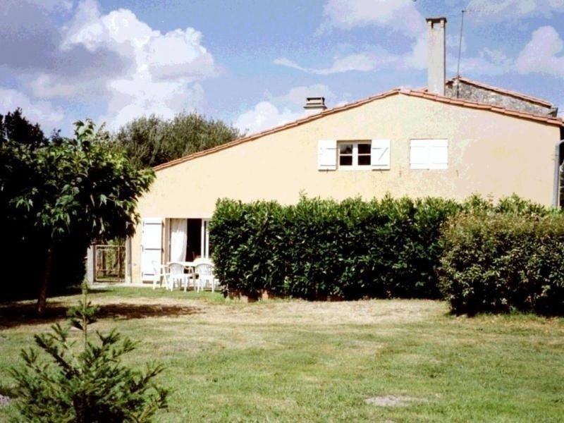 GITE DU SOURBEY, vacation rental in Sainte-Helene