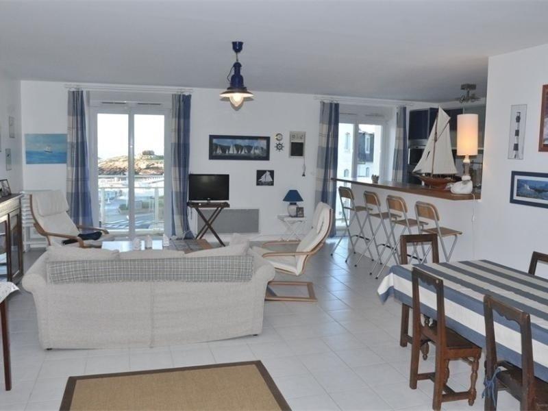 Superbe appartement BELLE VUE MER à TREGASTEL, vakantiewoning in Tregastel-Plage
