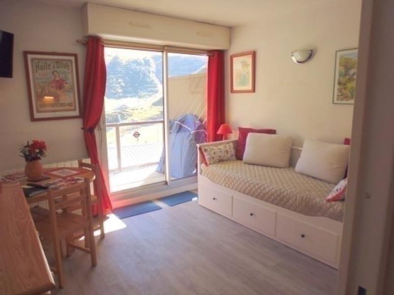 Studio cabine 4 personnes avec parking résidence Face Sud, vacation rental in La Mongie