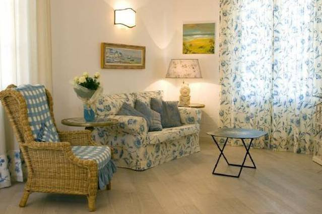 Forte dei Marmi 3 bedroom villa with beach passes, vacation rental in Forte Dei Marmi