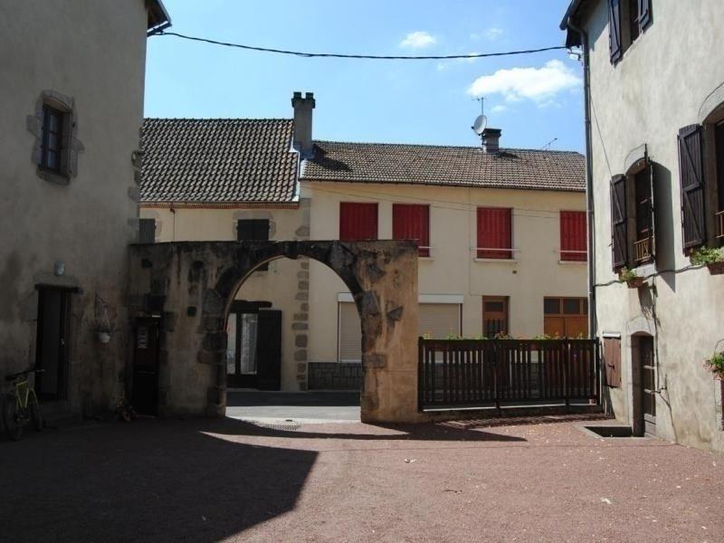 Le Bourg d'Arfeuilles, location de vacances à Châtel-Montagne