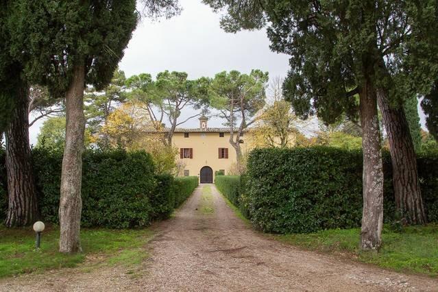 10 bedroom historic Tuscany villa, Ferienwohnung in Bagnaia