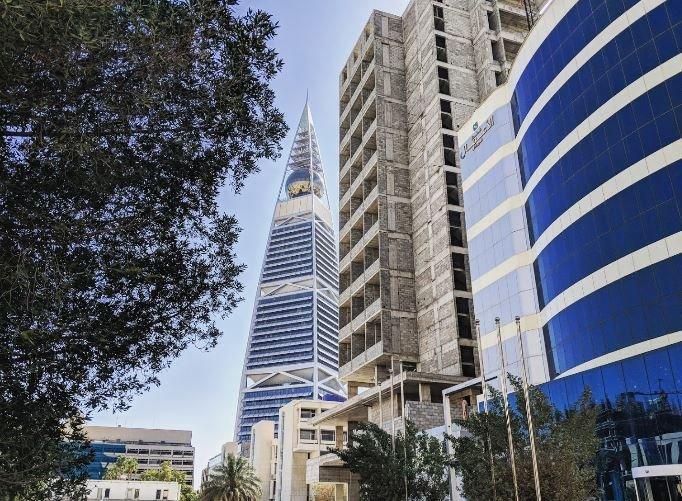 POSH 3 BR AT OLAYA STREET, NEAR AL FAISALIYAH TOWER, RIYADH, holiday rental in Riyadh Province
