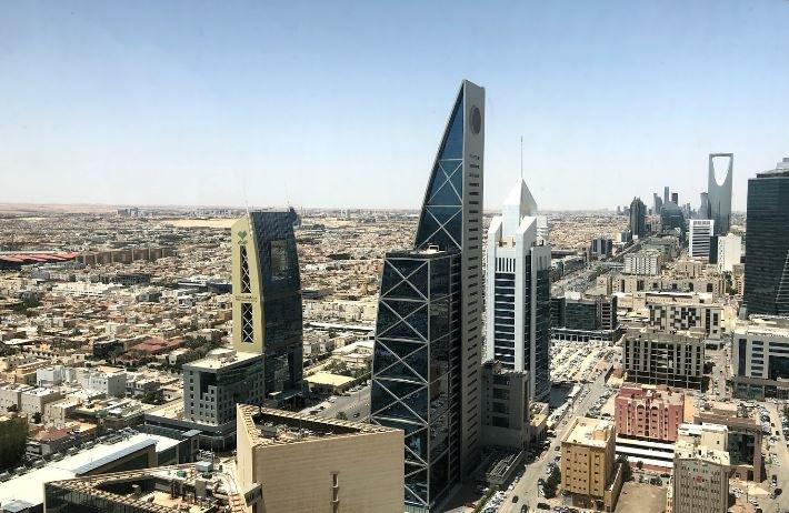 HOMELY 1 BR AT OLAYA STREET, NEAR AL FAISALIYAH CENTER, RIYADH, alquiler de vacaciones en Riyadh Province