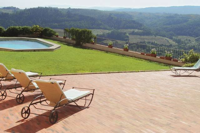 Tuscan Castello sleeps up to 20. Private pool., vacation rental in San Casciano in Val di Pesa
