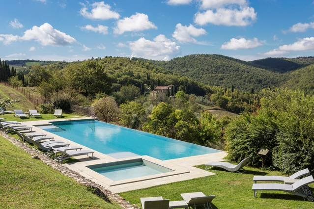 Tuscany 1 bedroom apartment with communal pool, holiday rental in Ricavo