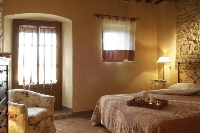 Castellina in Chianti 1 bed apartment with pool, holiday rental in Castellina In Chianti