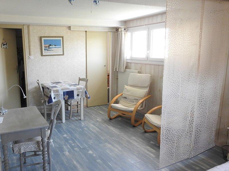 studio idéalement situé pour visiter La Rochelle, aluguéis de temporada em La Rochelle