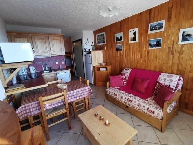 Studio 4 pl 4 couchages ST MICHEL DE CHAILLOL, aluguéis de temporada em La Motte-en-Champsaur