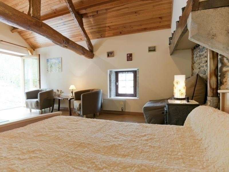 Au Caveau Oncin, holiday rental in Hieres-sur-Amby