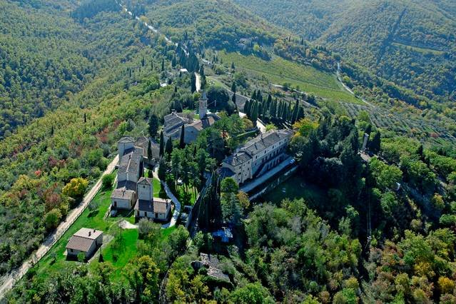 Traditional apartment with pool, table tennis, BBQ, holiday rental in Castellina In Chianti