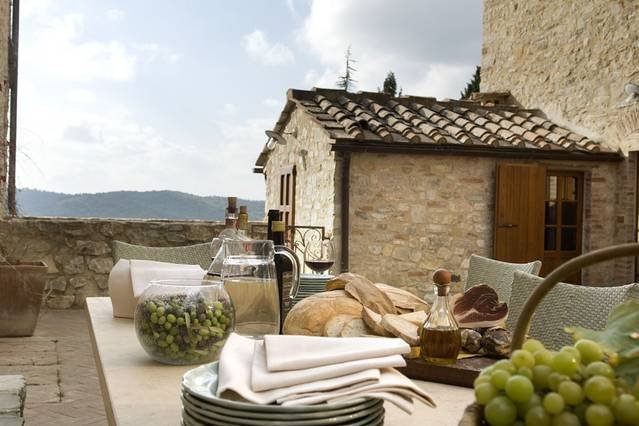 2 bedroom apartment in Castellina in Chianti, holiday rental in Ricavo