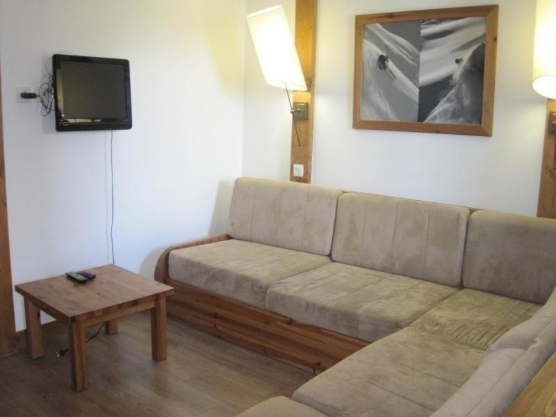 Beau studio duplex proche du centre, location de vacances à Montchavin