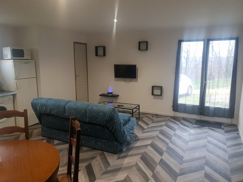 Maison appartement 70 m2., holiday rental in Blars