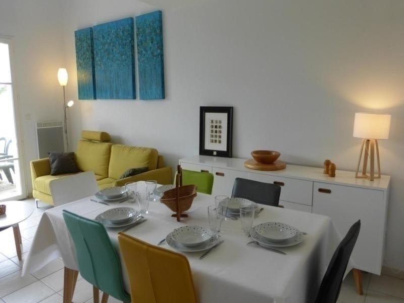 Mais 4 pièces 6 couchages L'AIGUILLON SUR VIE, holiday rental in L'Aiguillon-sur-Vie