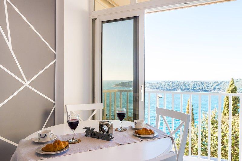 Sea View Apartments- One Bedroom Apt With Balc and Sea View- Zlatni Potok 4, vacation rental in Gornji Brgat