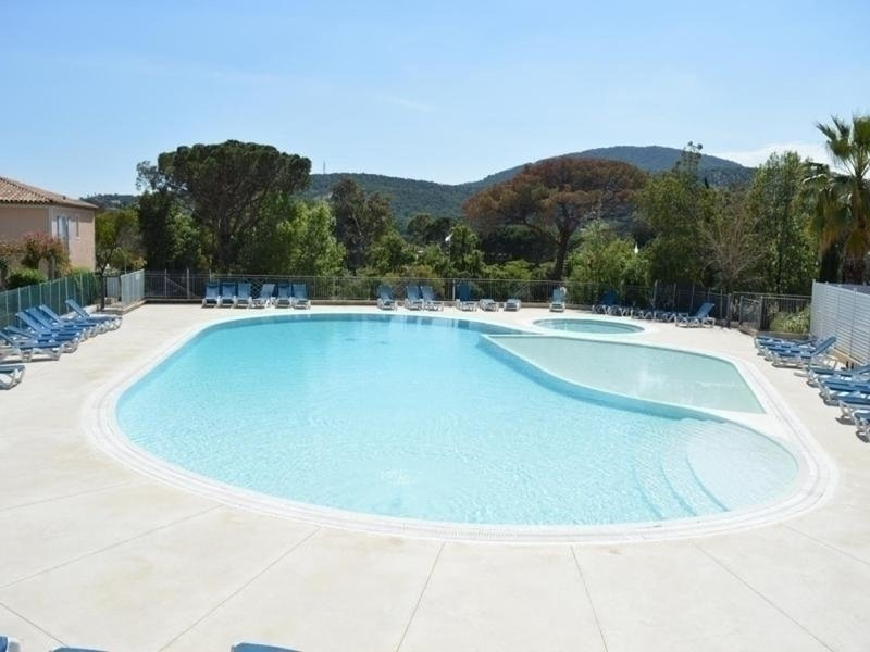 Appt 3 pièces 6 couchages SAINTE MAXIME, holiday rental in Sainte-Maxime