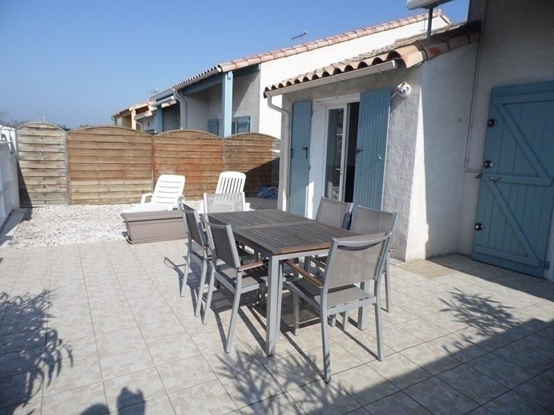 Agréable villa avec 4 chambres pour 8 personnes, holiday rental in Marseillan Plage