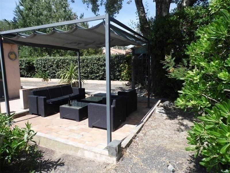 Grande et belle villa 10 couchages avec jardin à 400m de la plage., holiday rental in Marseillan Plage