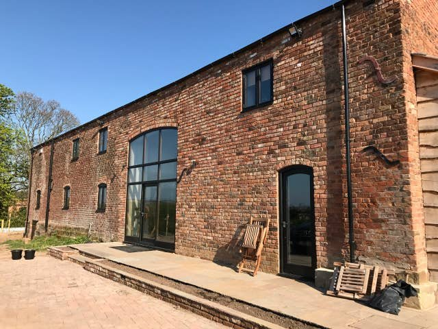 The Oaks Picton Stunning 5 bedroom Barn Conversion in Chester, location de vacances à Bridge Trafford