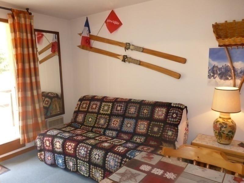 RESIDENCE EN PLEIN COEUR D'ARECHES A 50M DES PISTES DE SKI, location de vacances à Areches Beaufort