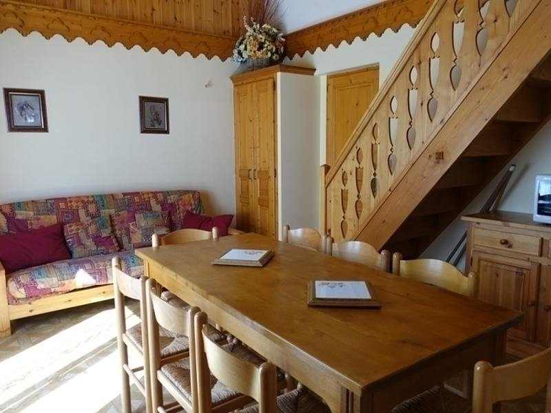 Appartement EN DUPLEX classé 2** pour 8 personnes au départ des pistes du Planay, location de vacances à Areches Beaufort