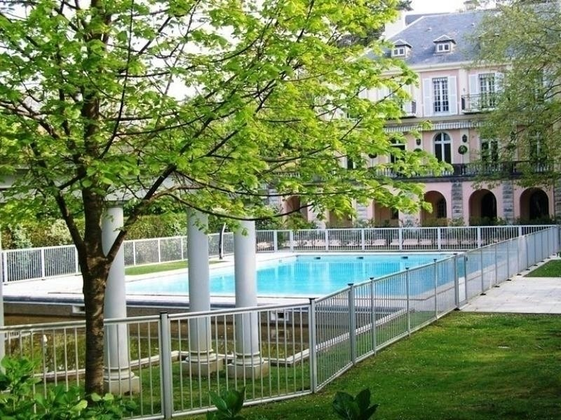 Miraflores 2 : Charmant appartement avec balcon et piscine collective - Proche, vacation rental in Biarritz