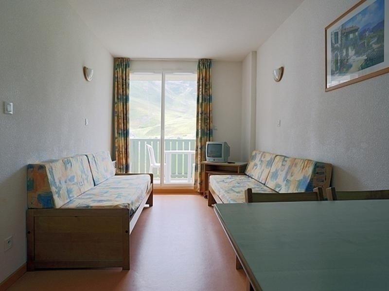 T2/4pers BALCONS DU SOLEIL 16B- Peyresourde, holiday rental in Gouaux-de-Larboust