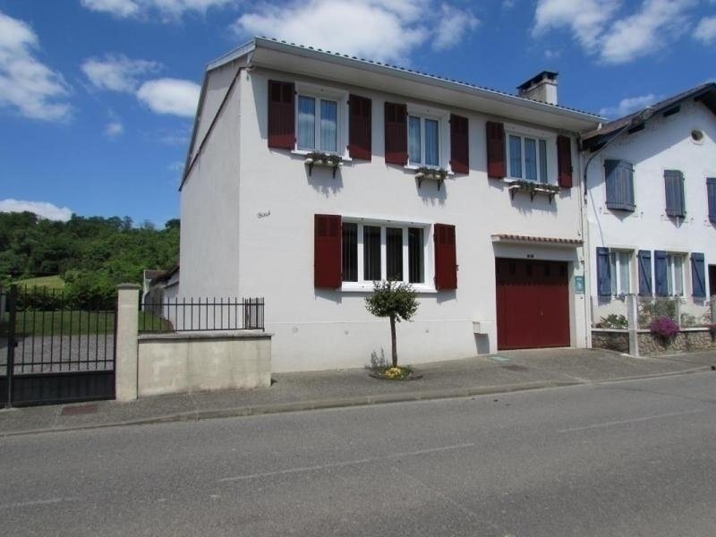 Location Gîte Sorde-l'Abbaye, 5 pièces, 8 personnes, vacation rental in Escos