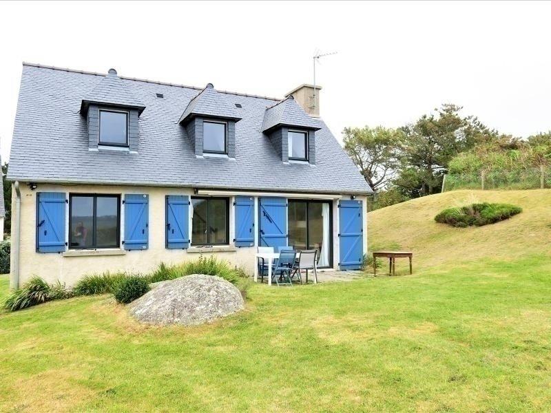 Maison VUE SUR MER avec jardin, à 50m de la plage à TREGASTEL, vakantiewoning in Tregastel-Plage