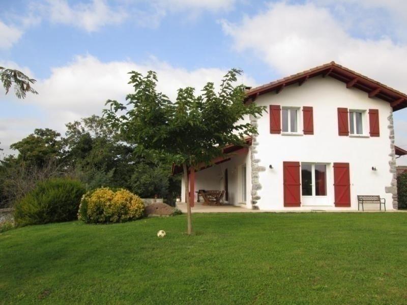 GANDARAMENDIA, casa vacanza a Saint-Esteben