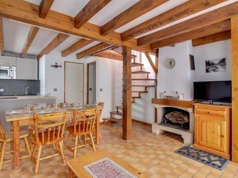 Chalet mitoyen, deux chambres, 7 personnes, chalets de bayle., vacation rental in Cauterets
