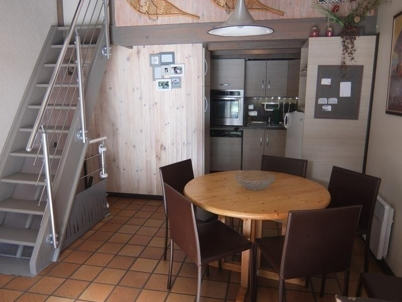 AGREABLE CHALET MITOYEN SUR 3 NIVEAUX POUR 6 PERSONNES, holiday rental in Betpouey