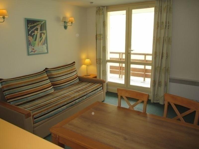 Appartement 8 personnes avec parking couvert, résidence Le Montana II, vacation rental in La Mongie