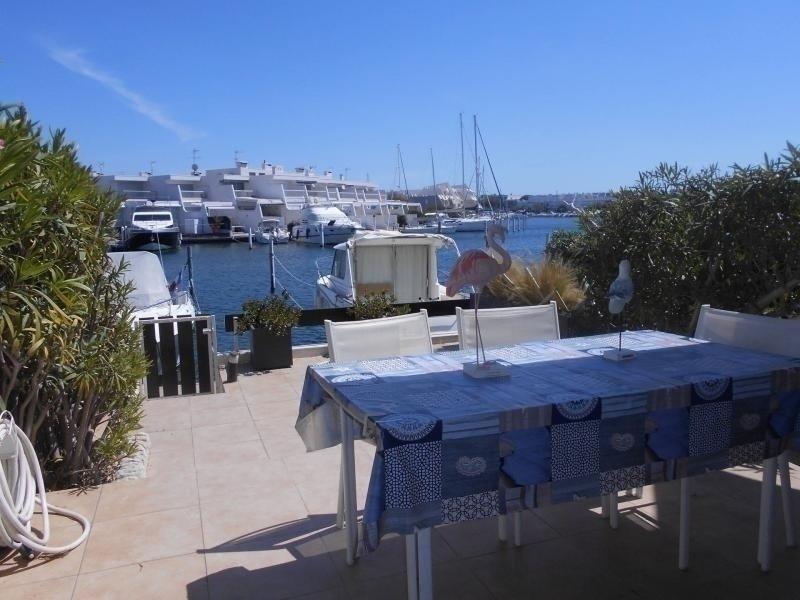 Belle marina 3 pièces traversante proche de la plage, location de vacances à Port Camargue