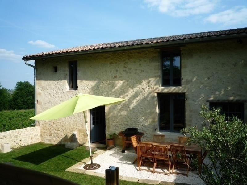 Le Chai du Vieux Bourg, holiday rental in Illats