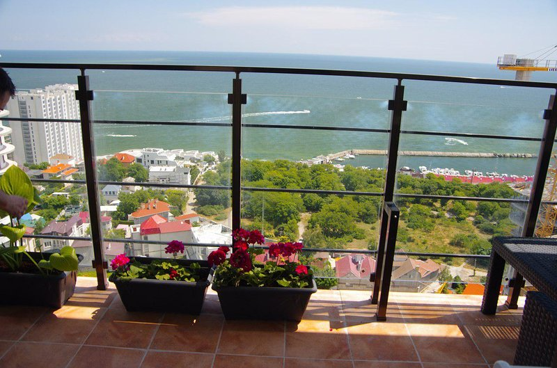 Pearl in Arcadia terrace apartment with direct sea view, Ferienwohnung in Oblast Odessa